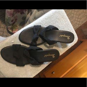 Black boutique sandals sz 13m